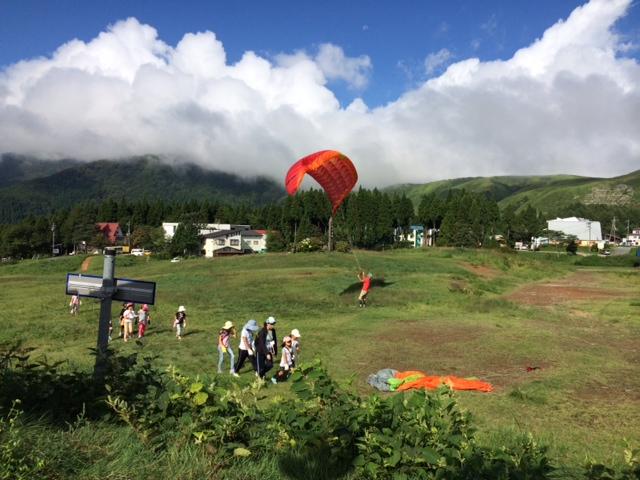 キャンプ二日目・パラグライダー1