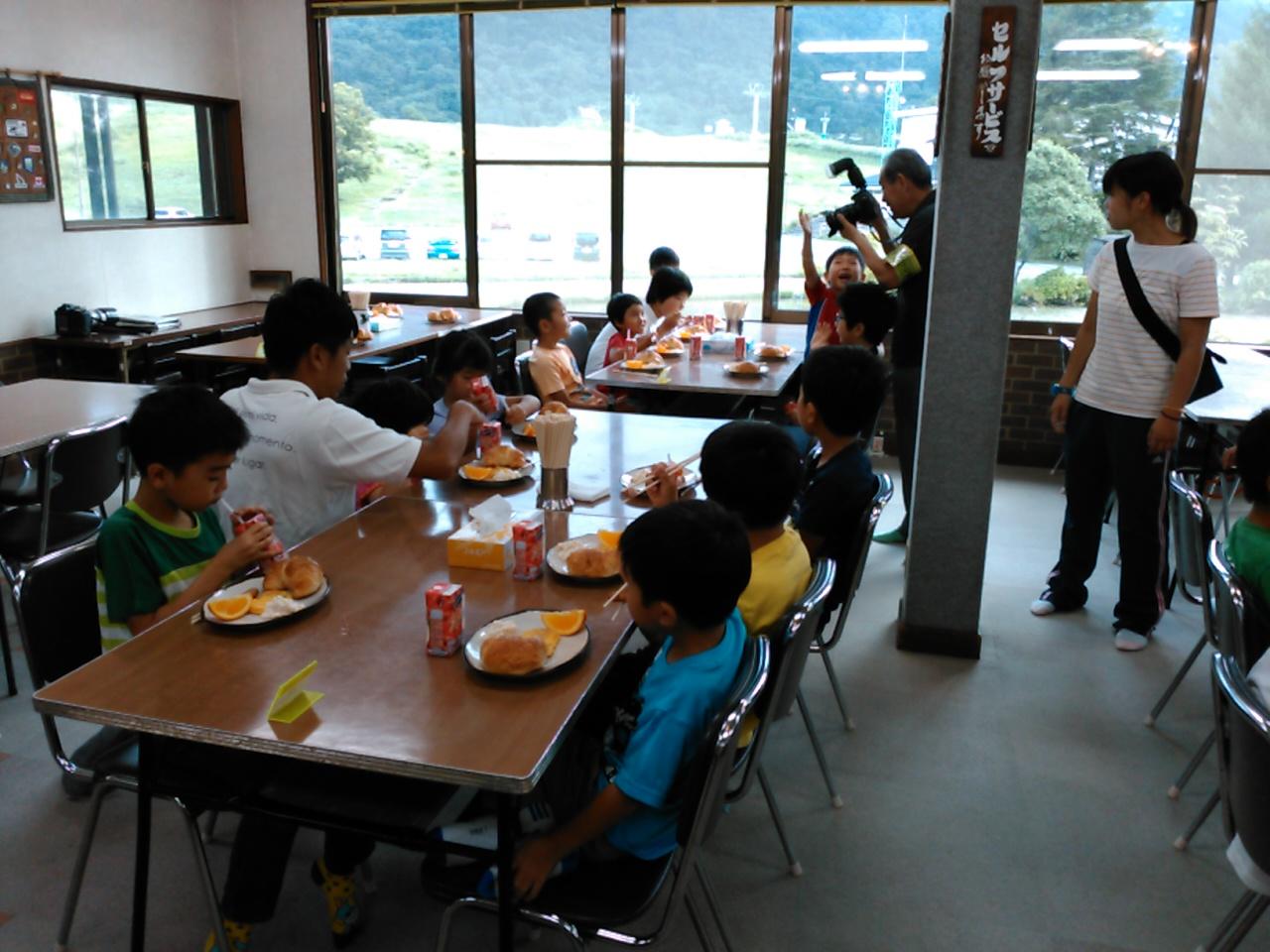 キャンプ二日目・朝食1