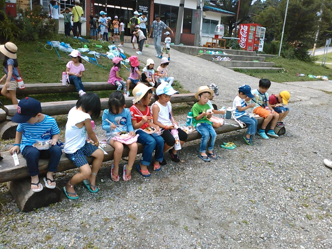 キャンプ二日目・昼食2