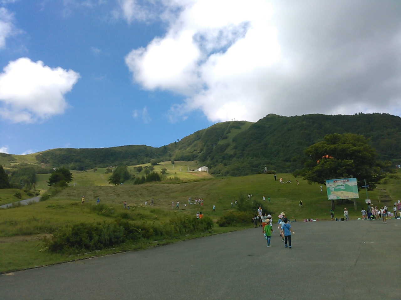 キャンプ二日目午後・山遊び1