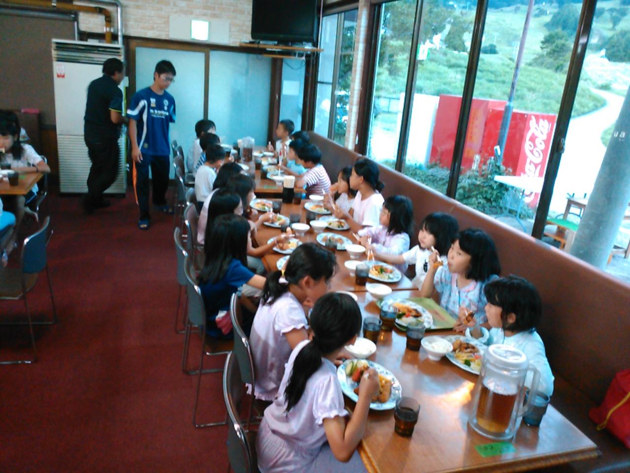キャンプ二日目・夕食4