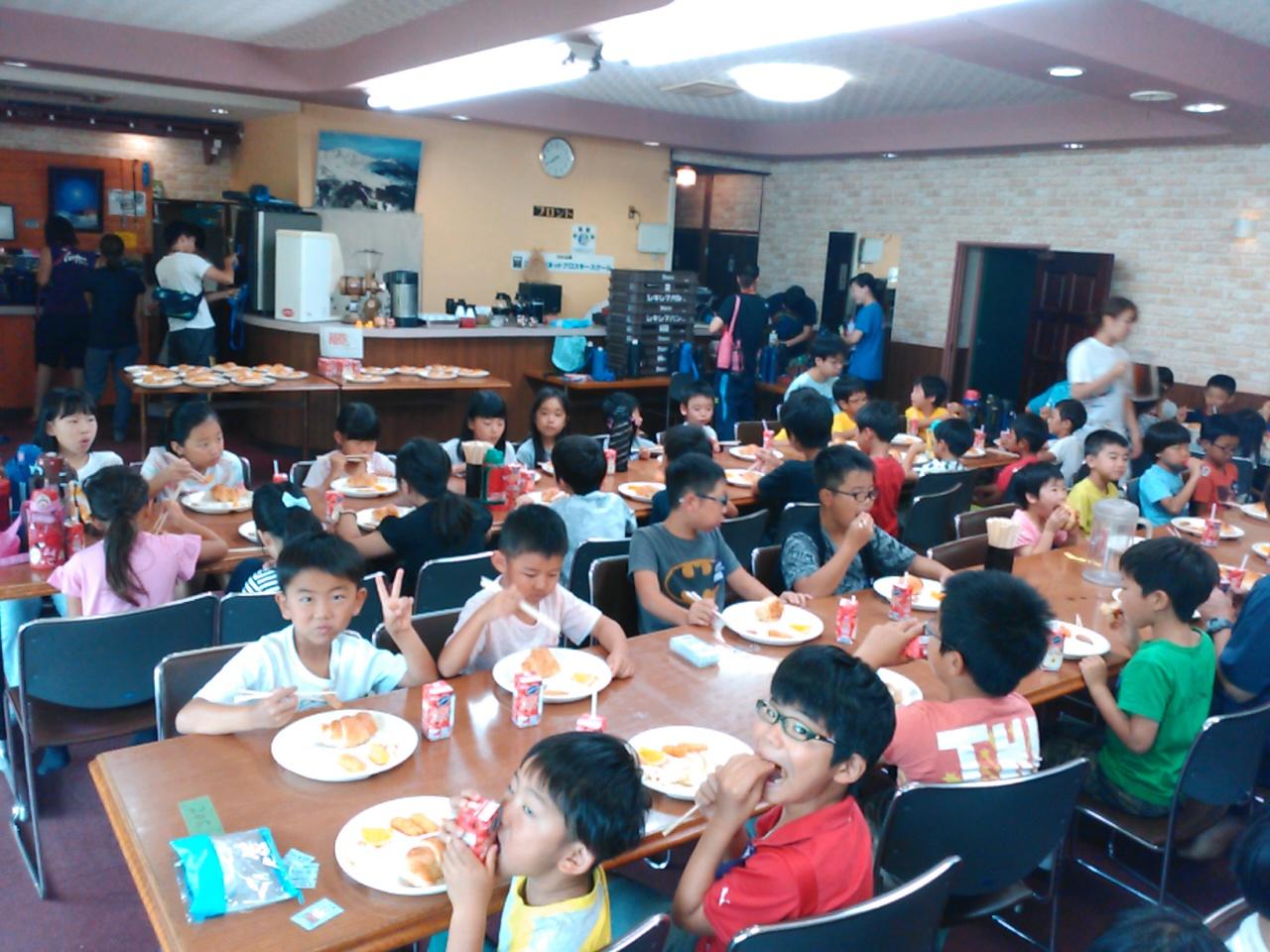 サマーキャンプ2日目午前・朝食3