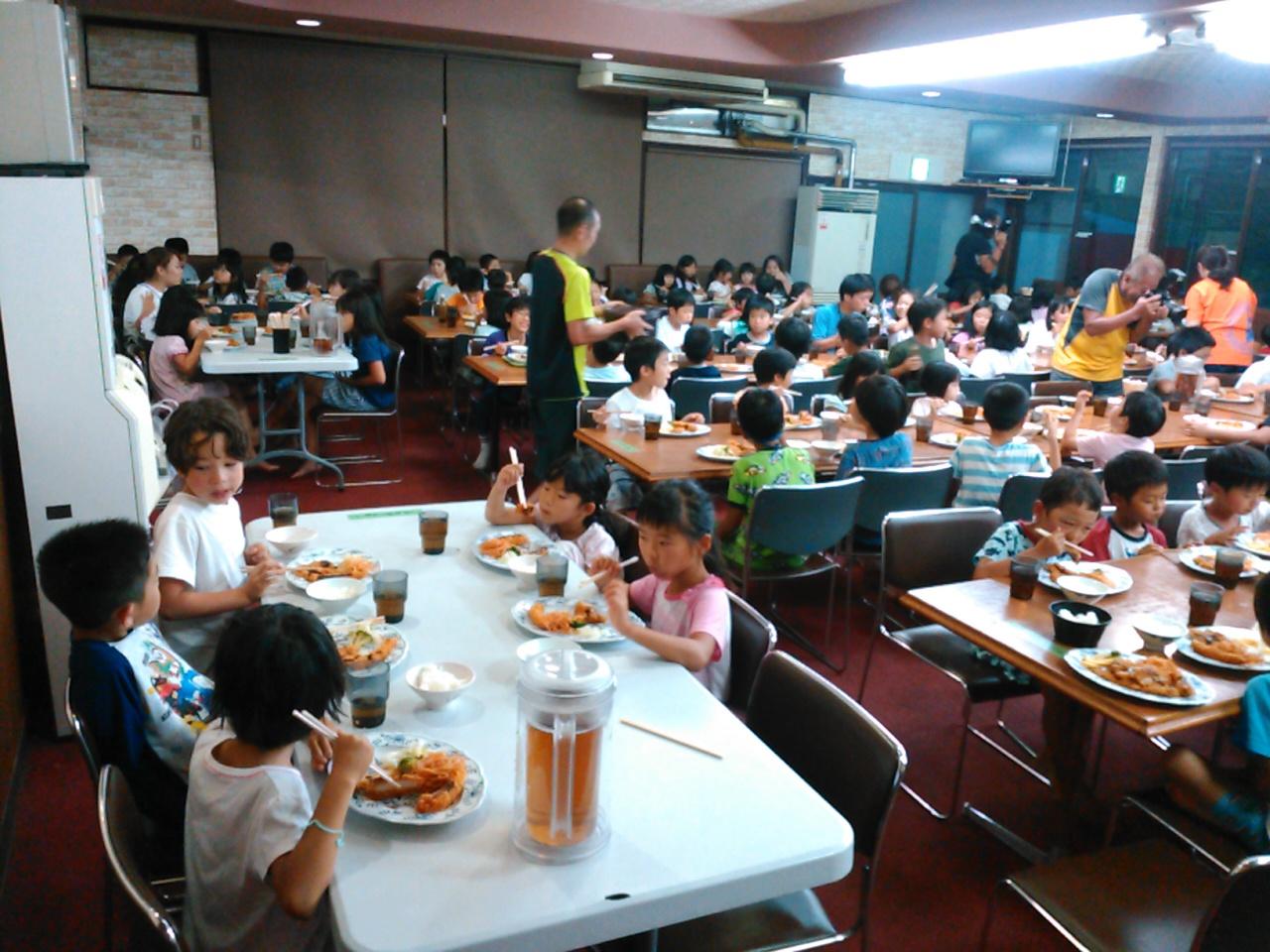 サマーキャンプ2日目・夕食3
