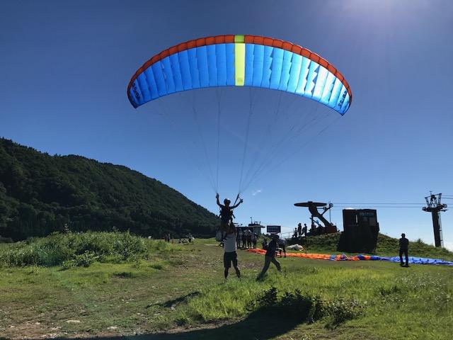 サマーキャンプ3日目・パラグライダー1