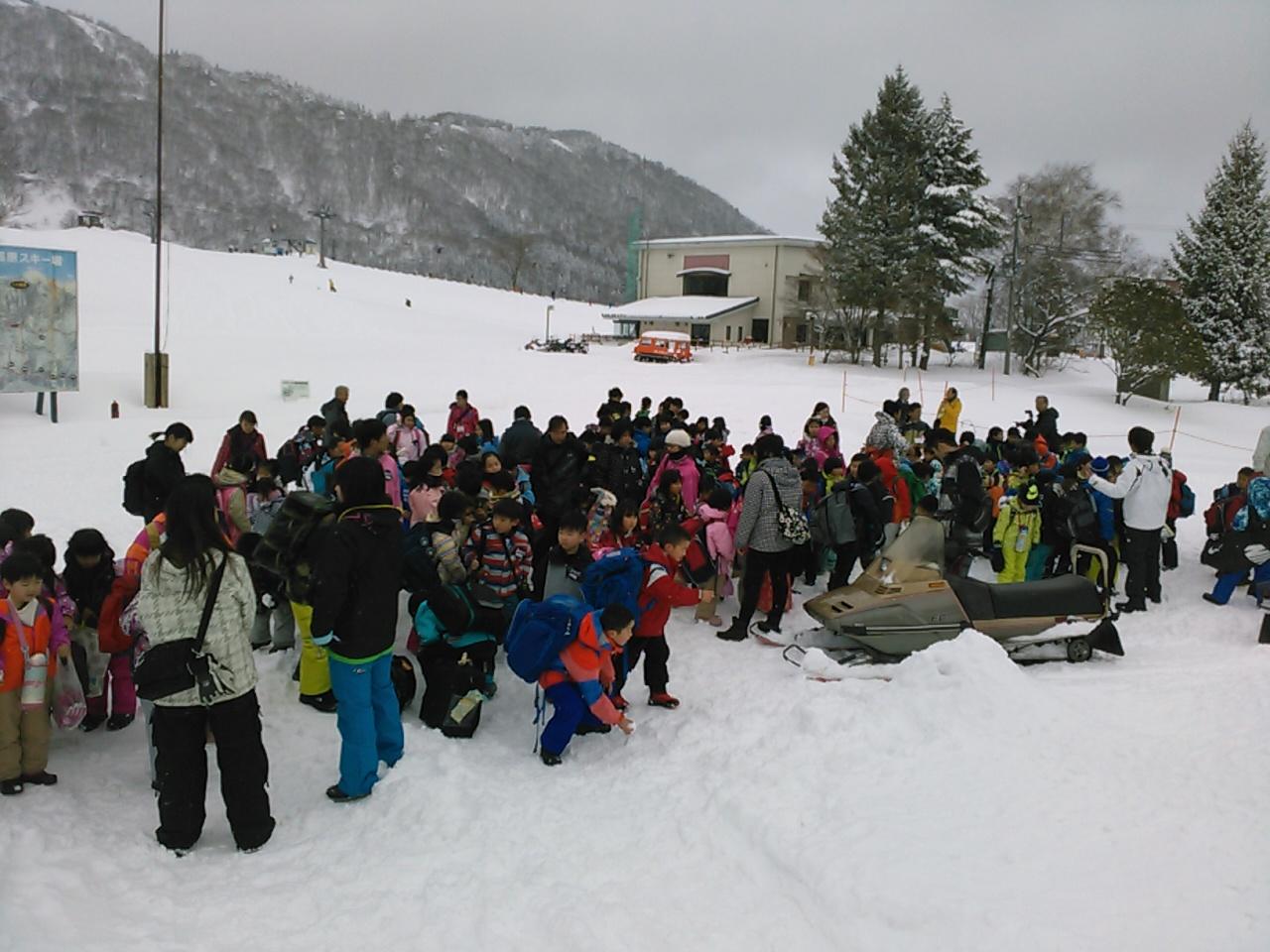 スキーキャンプ1日目・ハチ高原到着