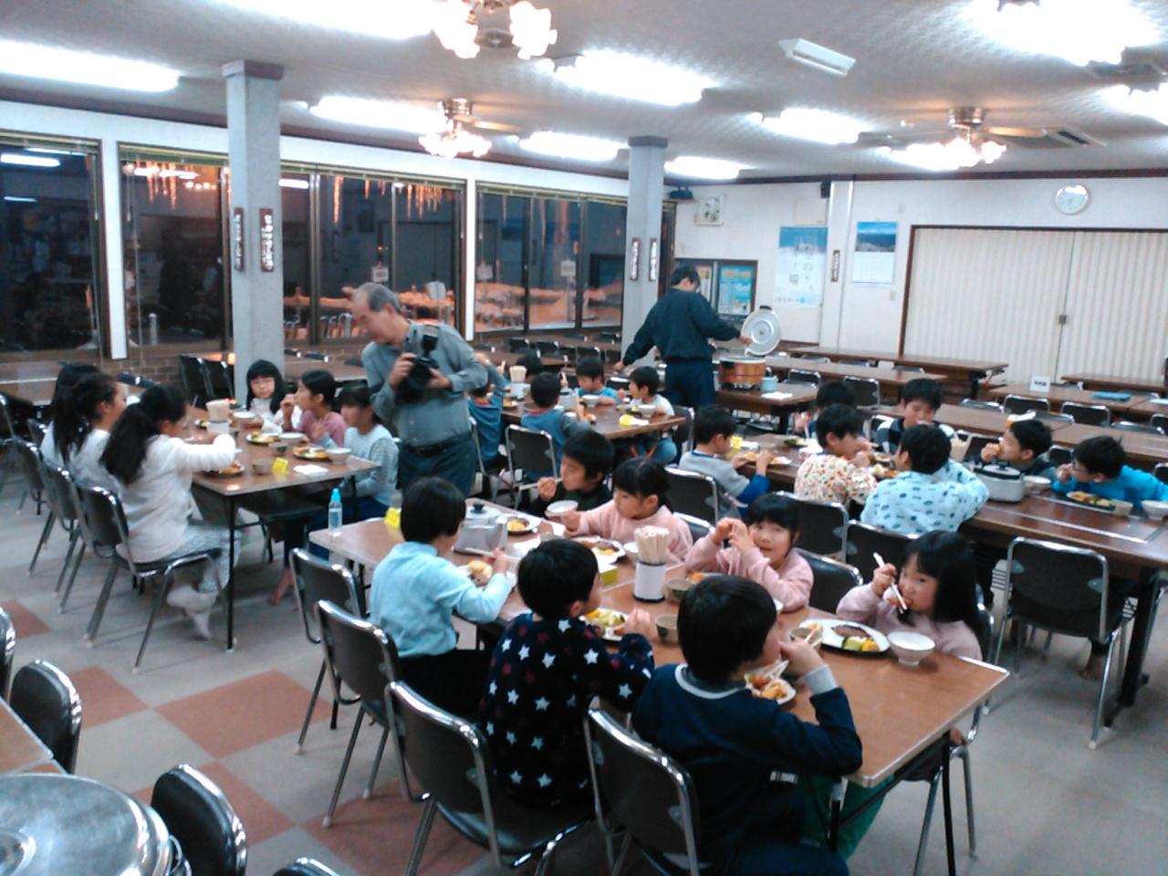 スキーキャンプ1日目・夕食1