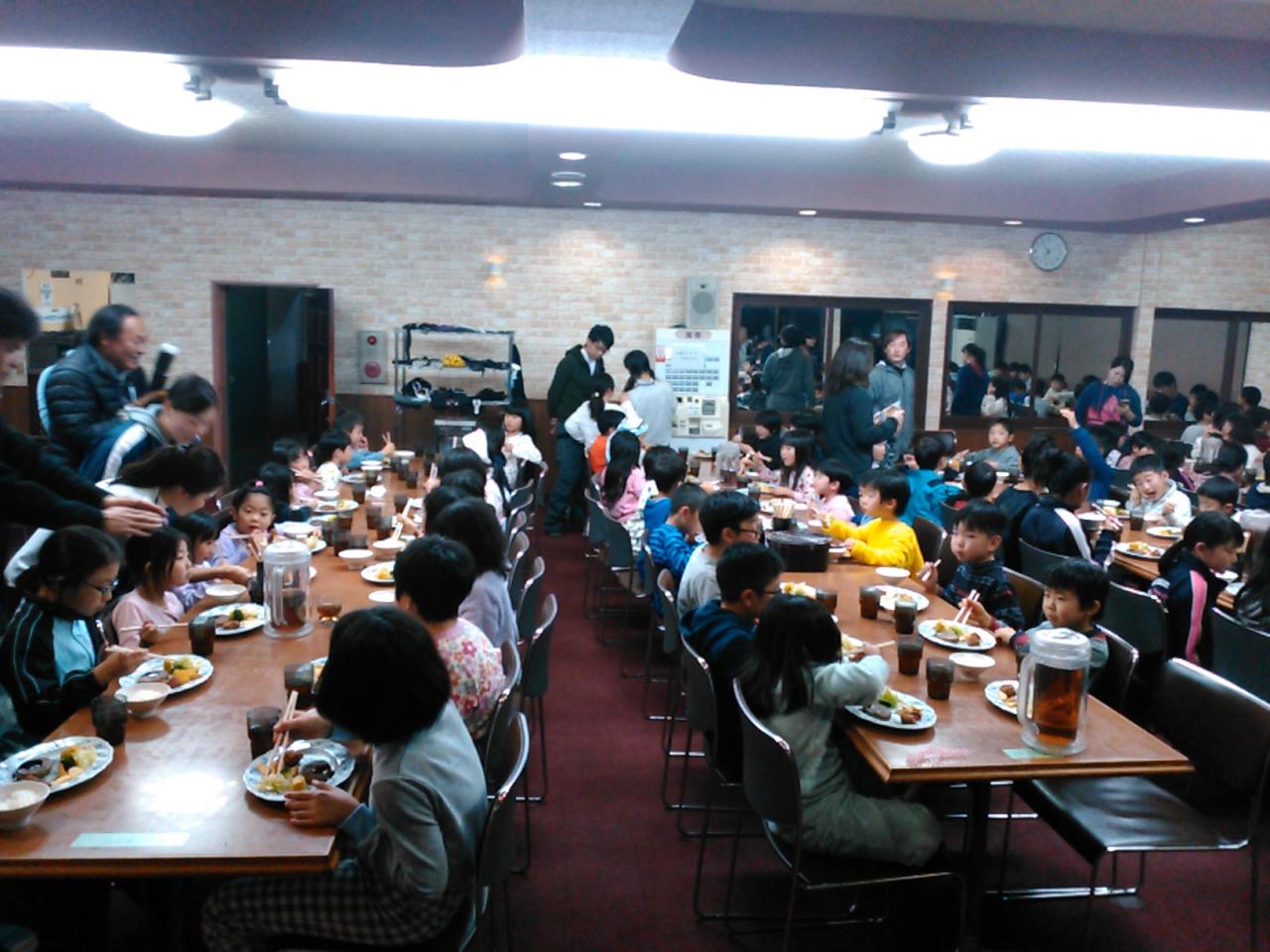 スキーキャンプ1日目・夕食3