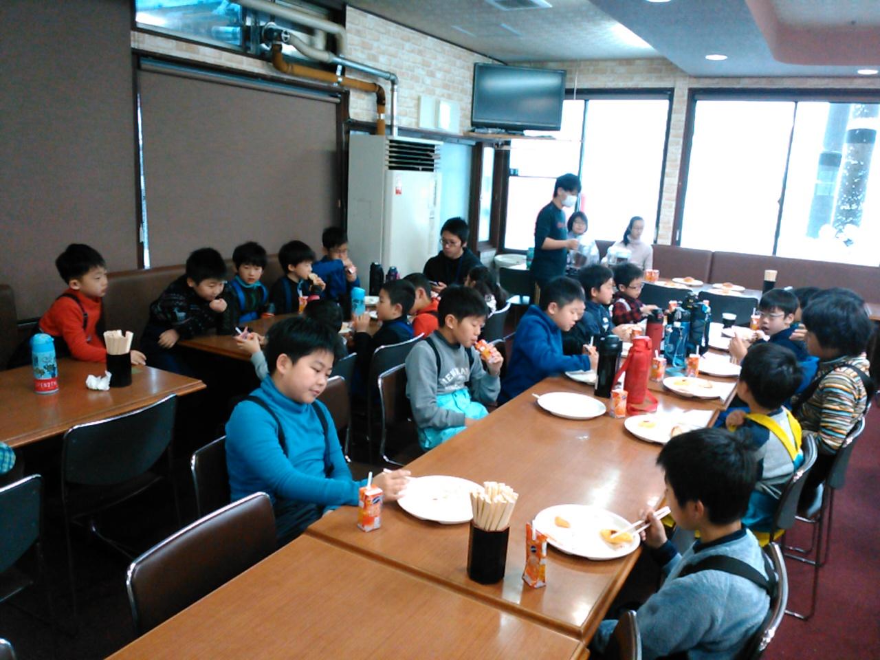 スキーキャンプ3日目・朝食2
